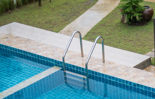 protecting-your-pool-pavers-feature